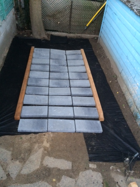 Laying the paving stones pt 2