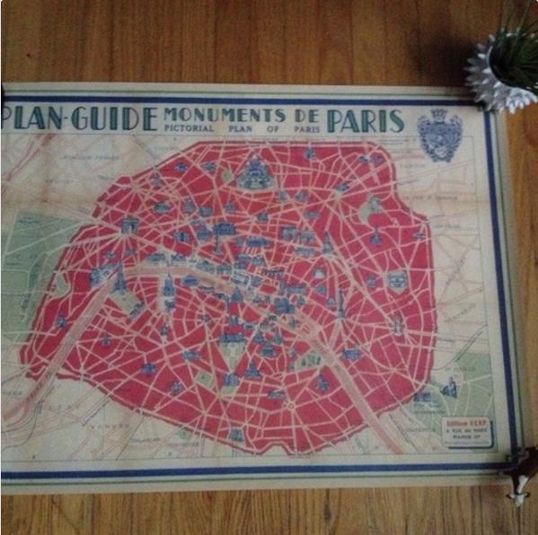 Vintage Paris Monumnet Map
